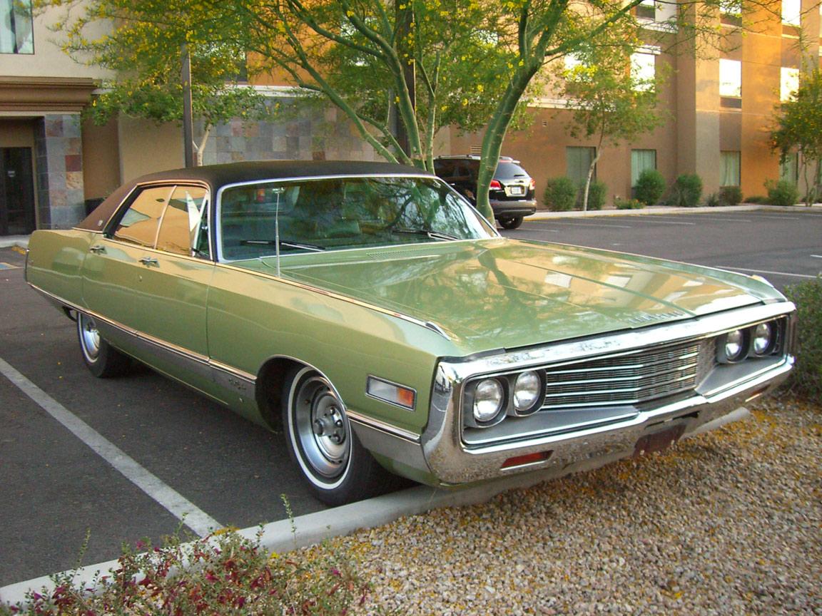 Driven 1971 Chrysler New Yorker Genho