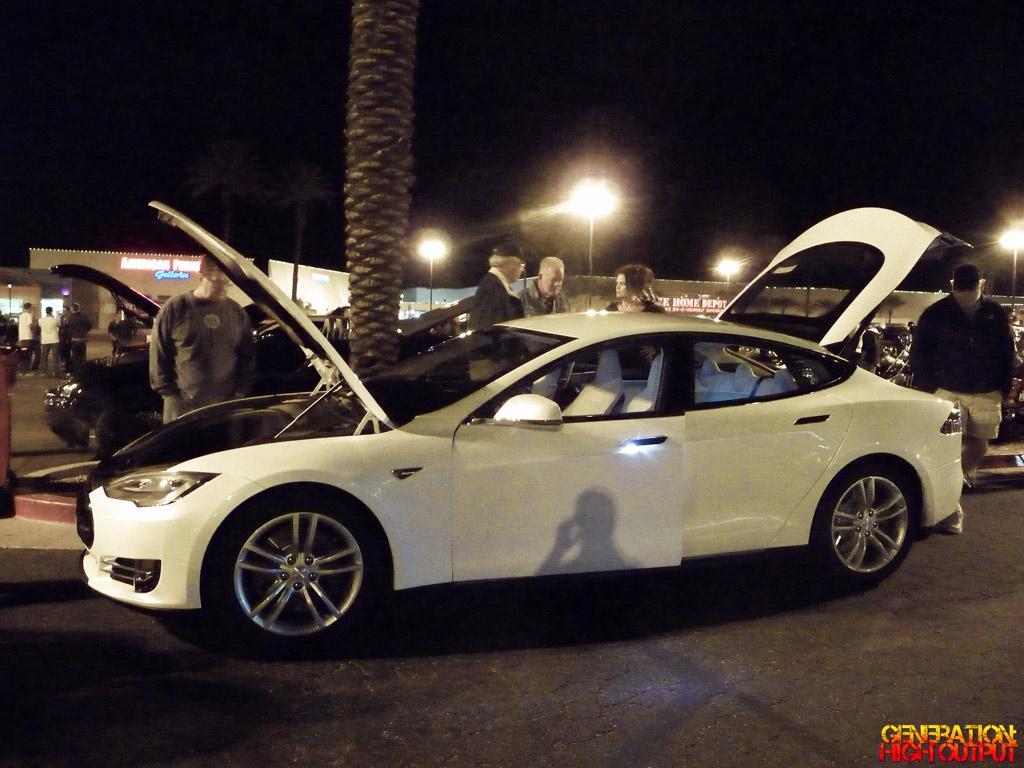 Spotted Tesla Model S GenHO - 2012 tesla model s