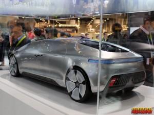 ces-2015-mercedes-f015-concept