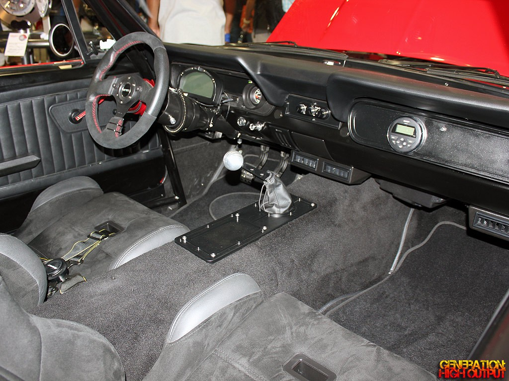wilwood-mustang-interior