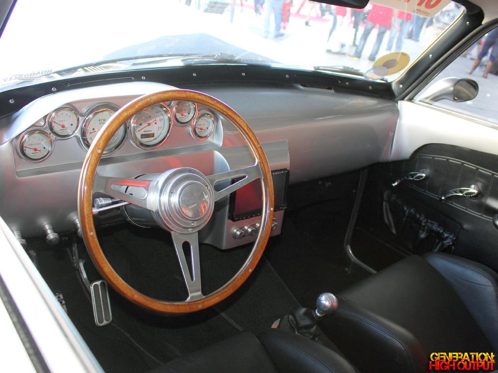 1967-volvo-amazon-interior