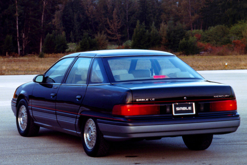 Mercury Sable Rear on 1990 Ford Taurus
