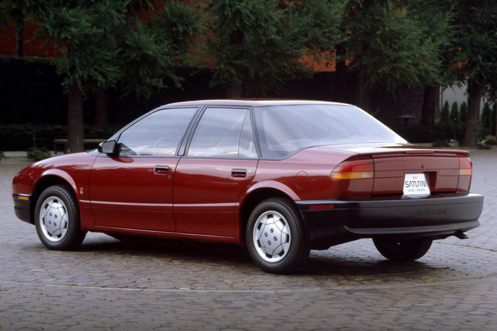 1991-saturn-sl1-rear