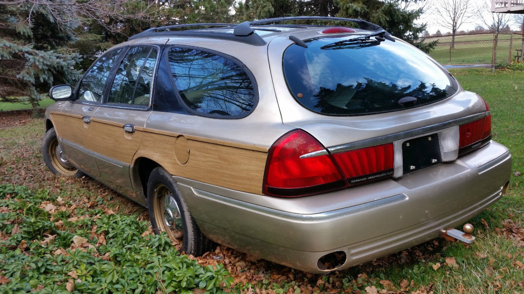 1999_mercury_grand_marquis_colony_park_wagon-taurus-rear