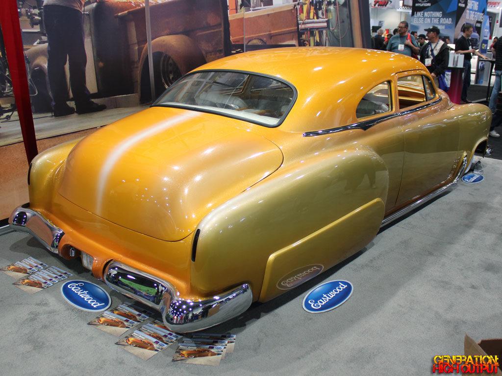 1952-chevy-desert-sunset-rear