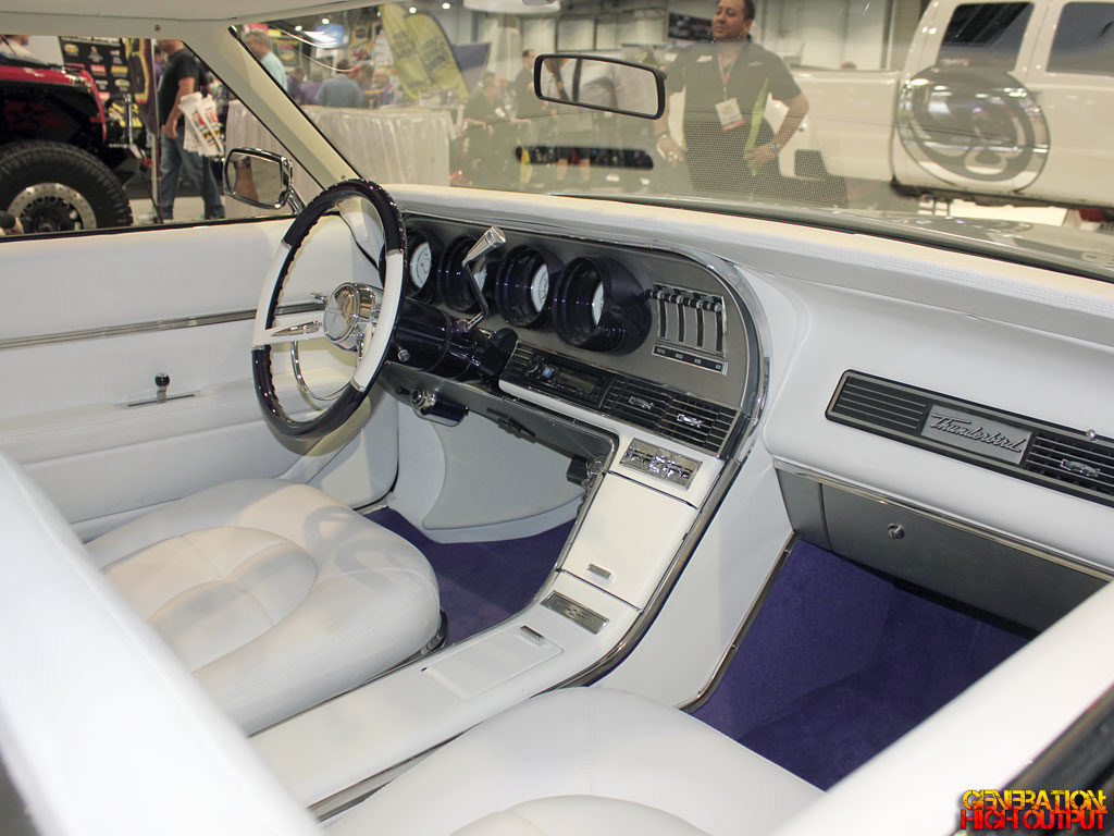 1970-thunderbird-thunderstruck-interior