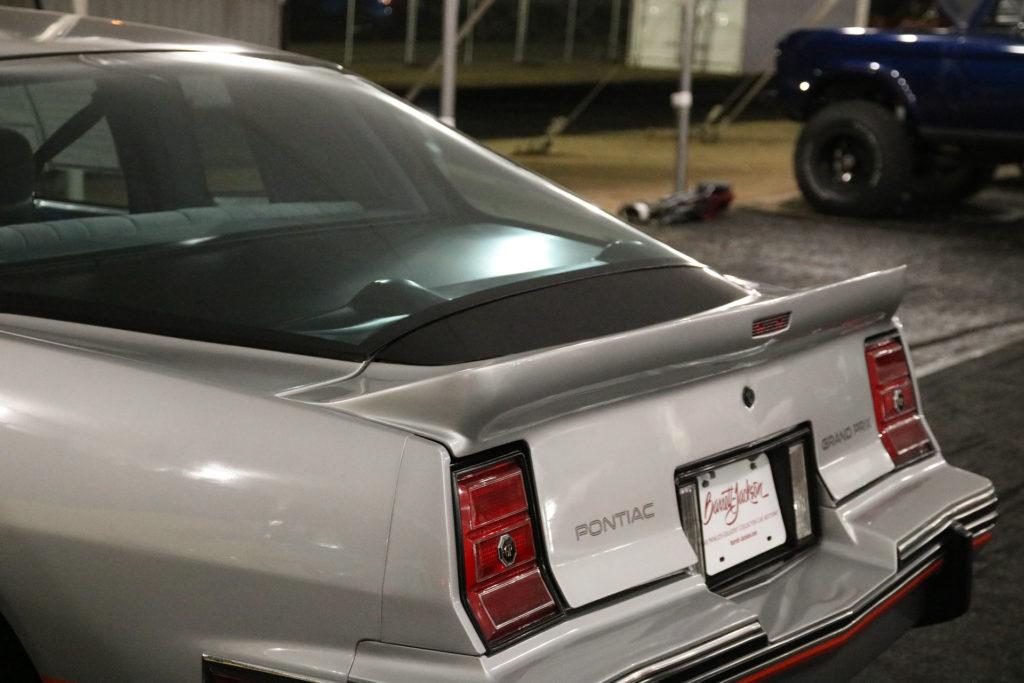 1986-Pontiac-Grand-Prix-2-plus-2 (16)